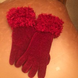Red fashion gloves
